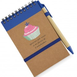 Libreta azul con bolígrafo...