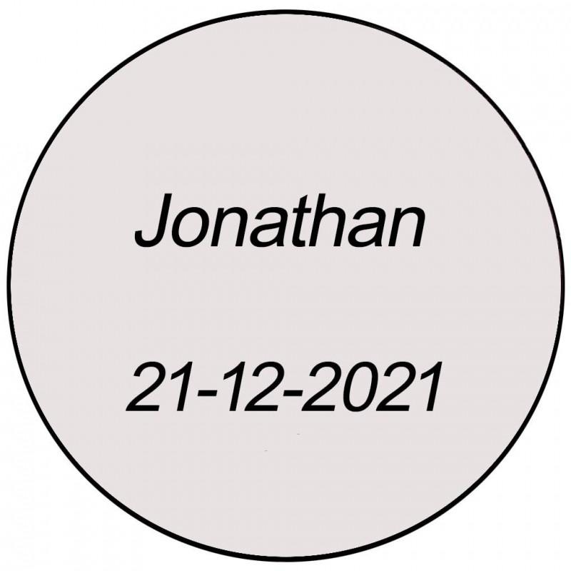 Adhesivo transparente redondo con nombre y fecha