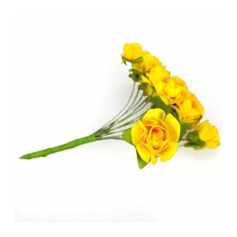 Decoraciones Flores de Papel  Flores de Papel y Broches para