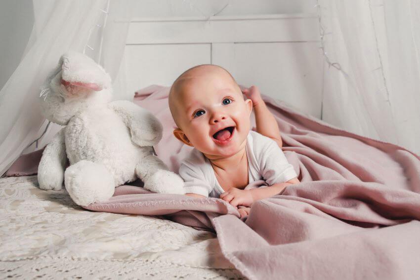 Regalos para recién nacidos y bebés, baratos y educativos
